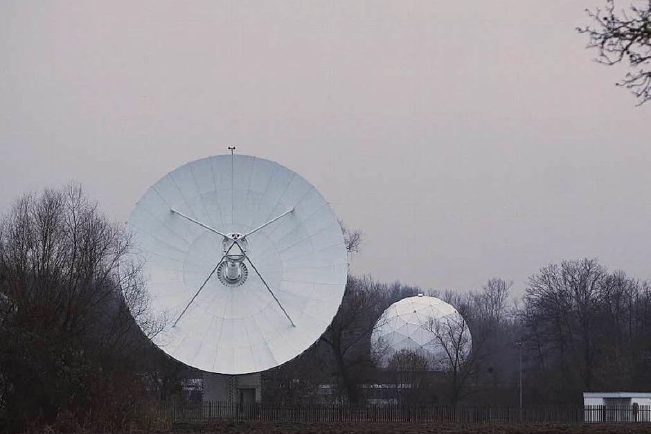 Der Bundesnachrichtendienst betreibt eine Antennenstation in Rheinhausen-Niederhausen. In Sichtweite des Europa-Parks und... (Foto: Patrik Müller)