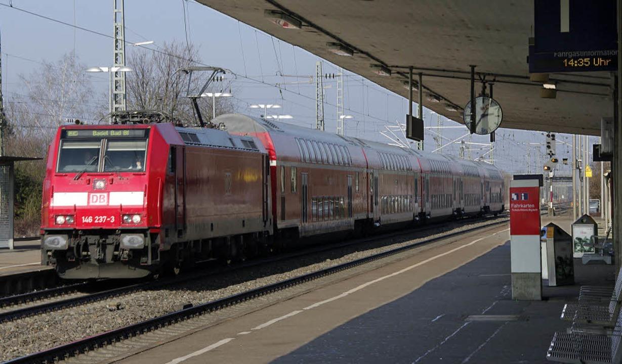 Müllheim hofft auf schnelle Zugverbind...reiburg und vor allem auch nach Basel.  | Foto: Martin Pfefferle