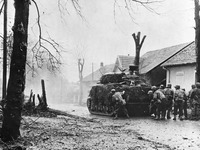 Frontgebiet Kaiserstuhl: Der Krieg kommt zur�ck