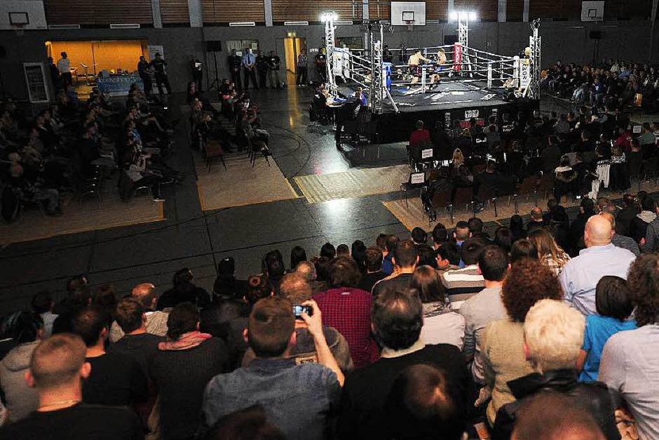 Die Kampfsportnacht im Lahrer Hallensportzentrum. (Foto: Bettina Schaller, Bettina Schaller Presse)