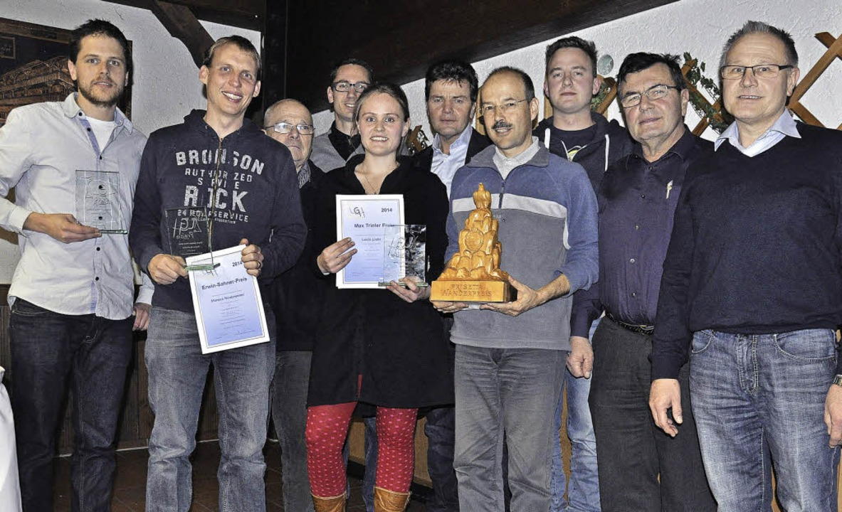 Die Geehrten der Luftsportgemeinschaft... und der neue Vorsitzende Georg Liehr   | Foto: zvg