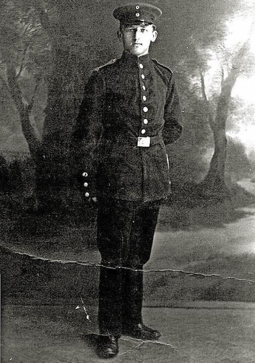 Karl Haller war der erste Kriegstote d...egs, der in Denzlingen betrauert wurde  | Foto: privat