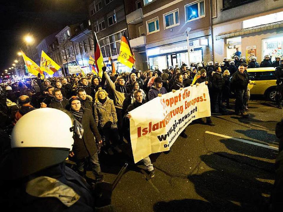 Pegida-Demo in Karlsruhe (Archivbild)  | Foto: dpa