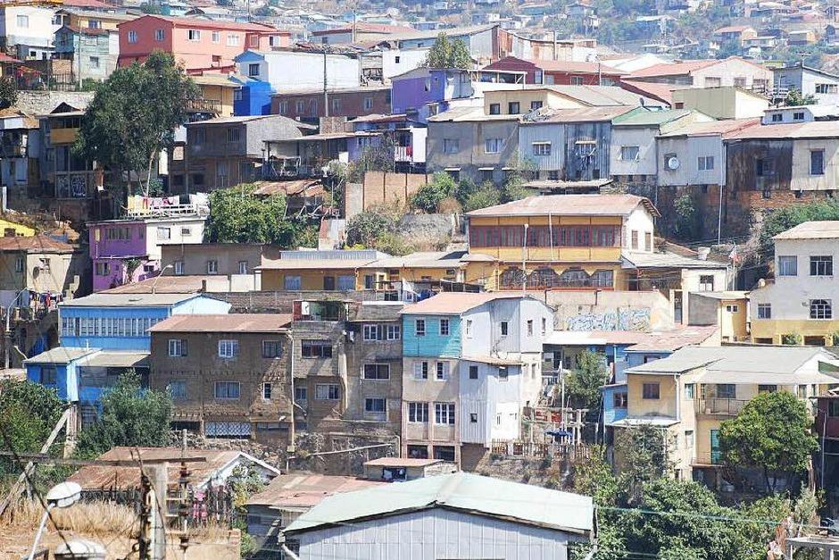 Am Berg gebaut: die chilenische Hafenstadt Valparaiso (Foto: BKR)