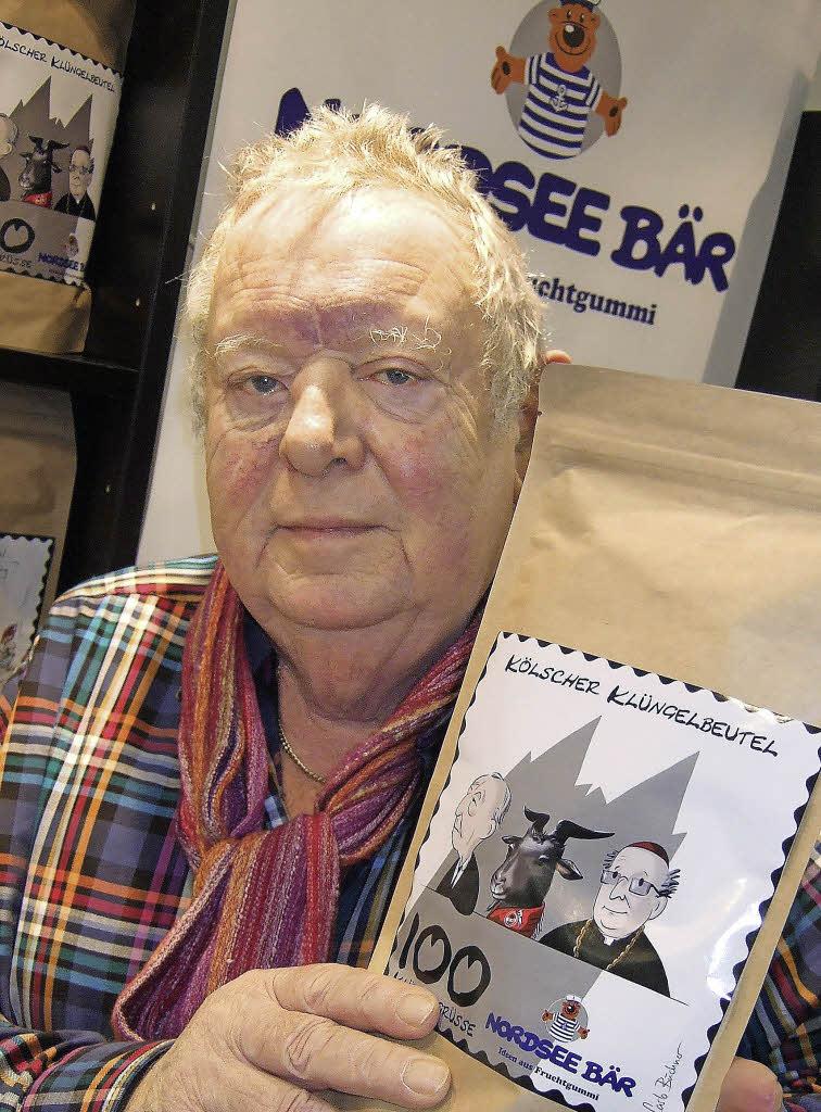 <b>Pieter Schubert</b> mit neuer Kreation vom Nordsee Bär auf einer Süßwarenmesse <b>...</b> - 102766447
