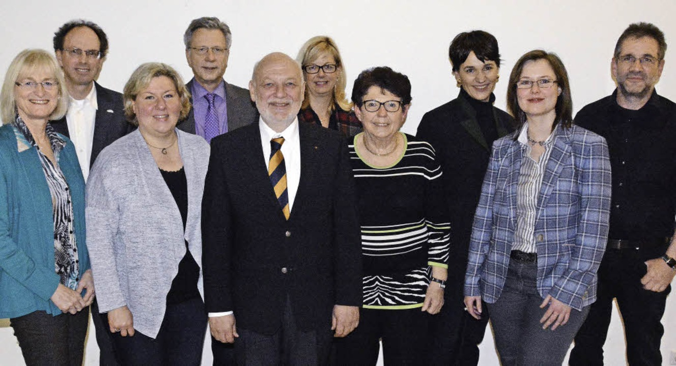 Vorstand (von links): Eva-Maria Bozenh...e Smit, Julia Lindner, Peter Reinacher  | Foto: Hannes Lauber