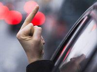 Umfrage: Was regt Autofahrer am meisten auf?