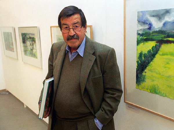 Günter Grass steht am 27.11.1997 vor neuen von ihm geschaffenen Aquarellen in der Hamburger Freien Akademie der Künste.