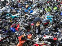 Polizei sucht verstecktes Motorrad nach dubiosem Unfall