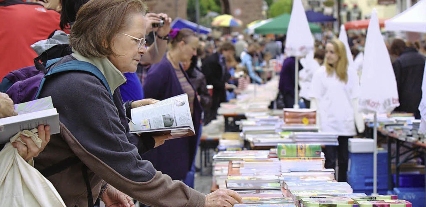 Am 17. Mai wird die Endinger Altstadt wieder zur Büchermeile.     Foto: Müller