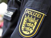 Mann bedroht Polizeibeamte nach Randale