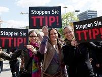 Tausende demonstrieren im S�dwesten gegen TTIP