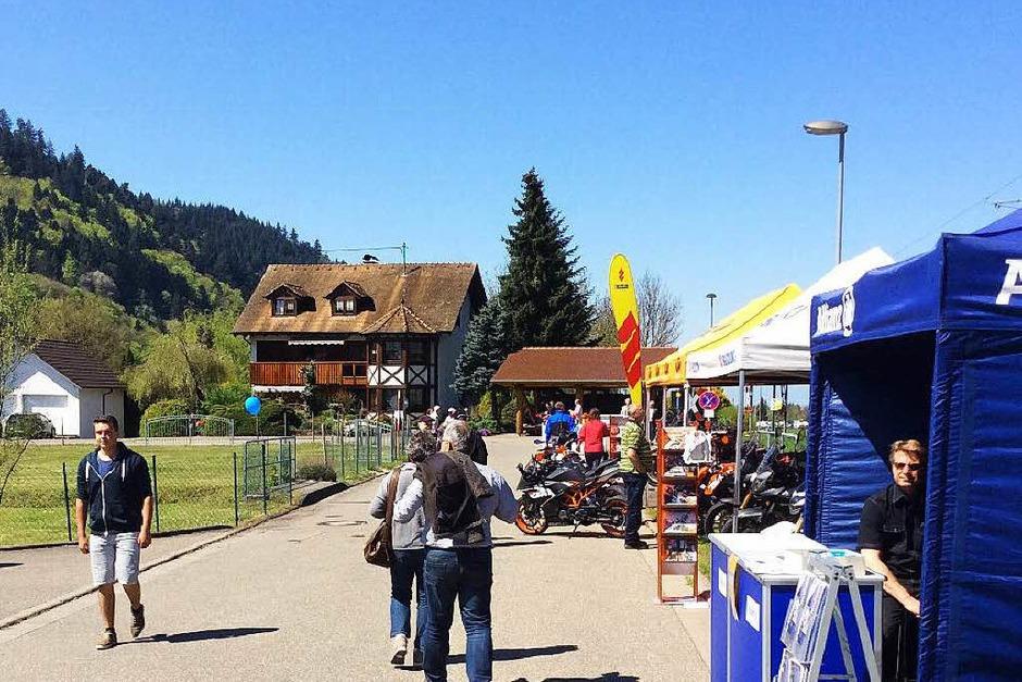 Auf großes Besucherinteresse stieß die Gewerbeschau am Sonntag in Münstertal. (Foto: Markus Dold)