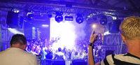 Black & White Party in der Dachsberg-Halle in Wittenschwand