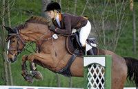 Jugend beeindruckt hoch zu Pferd