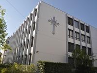 Video: Scientology er�ffnet Zentrum in Basel - unter Protest