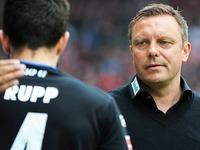 Die Einwechslung des Tages gl�ckt dem SC Paderborn