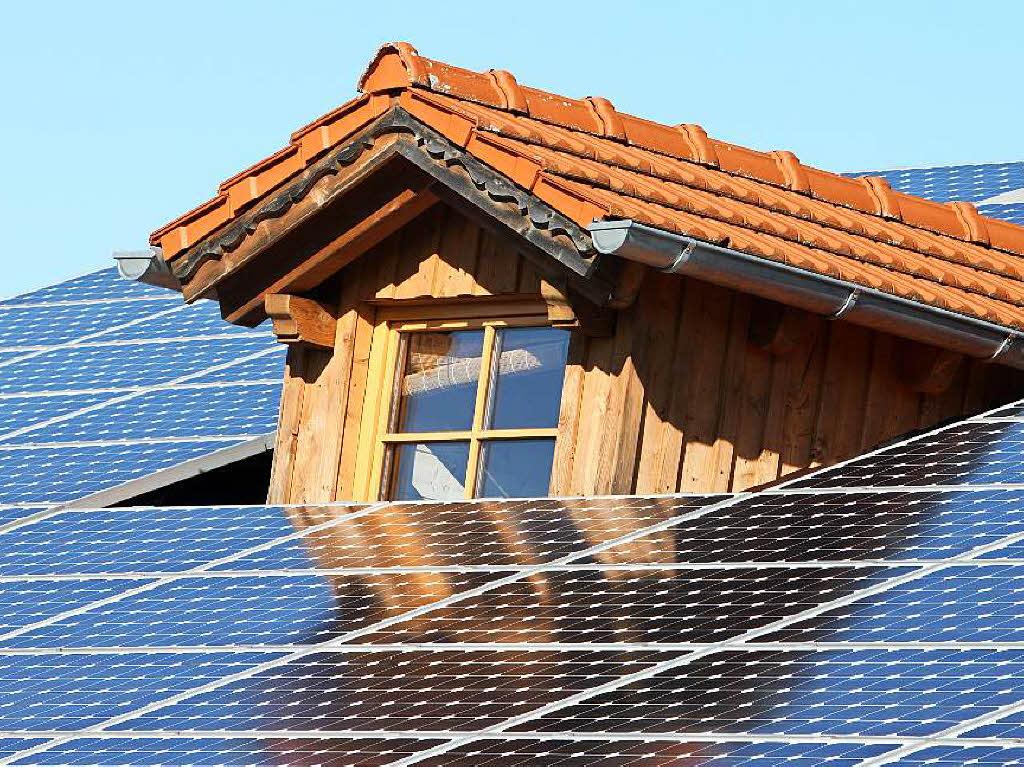 speicher f r solaranlagen tesla will batteriemarkt. Black Bedroom Furniture Sets. Home Design Ideas