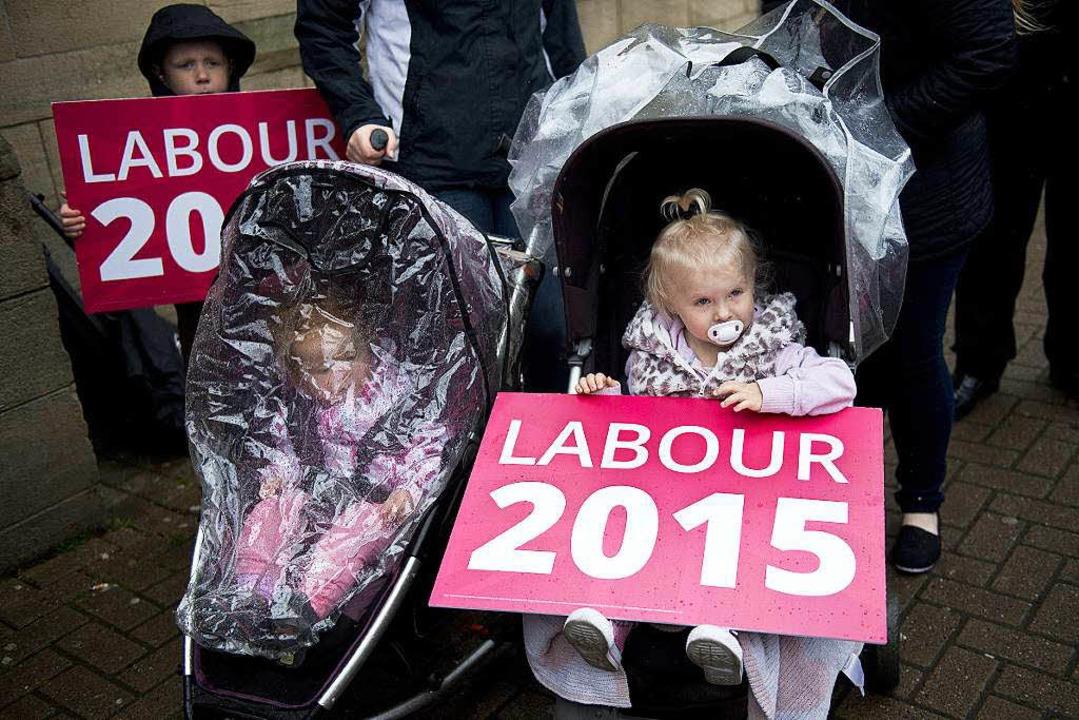 Labour-Wahlkampf im nordwestenglischen Colne  | Foto: AFP