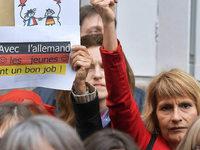 Lehrer und Eltern protestieren gegen französische Schulreform