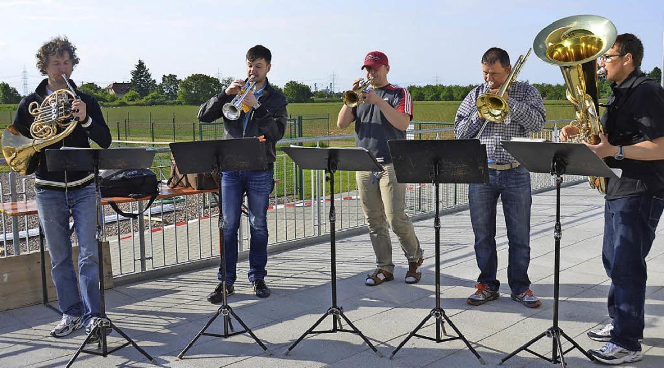 Das Brass Quintett bei seinem Auftritt in Buggingen   | Foto: sigrid umiger