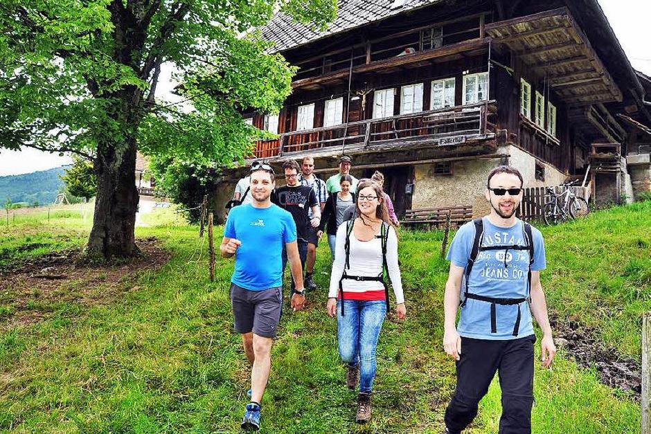 Ideales Wanderwetter lockte am bundesweiten Deutschen Mühlentag auch wieder Hunderte von Besuchern auf den Mühlenrundwanderweg in Simonswald.<?ZP?> (Foto: Horst Dauenhauer)