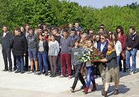 """Deutsche und französische Schüler besuchen den """"Berg des Todes"""""""