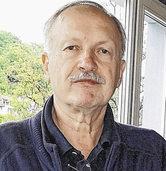 Hansjoachim Gundelach referiert über das Leben Peter Huchels