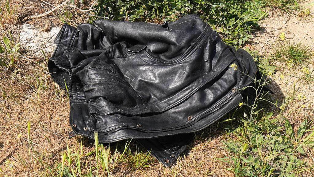 Zurückgelassene Jacke eines Flüchtlings    Foto: mappes-niediek