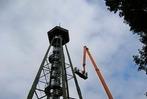 Fotos: Verein streicht Eichbergturm bei Emmendingen