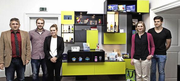 waldkirch museumsshop mit neuem interieur badische. Black Bedroom Furniture Sets. Home Design Ideas