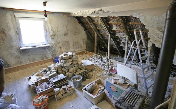 familie will haus von 1840 renovieren in eigenarbeit und. Black Bedroom Furniture Sets. Home Design Ideas