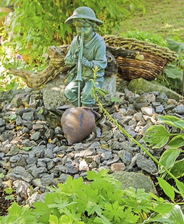 Ein lauschiges Plätzchen im Schatten am kleinen Brunnen.  | Foto: Christiane Seifried