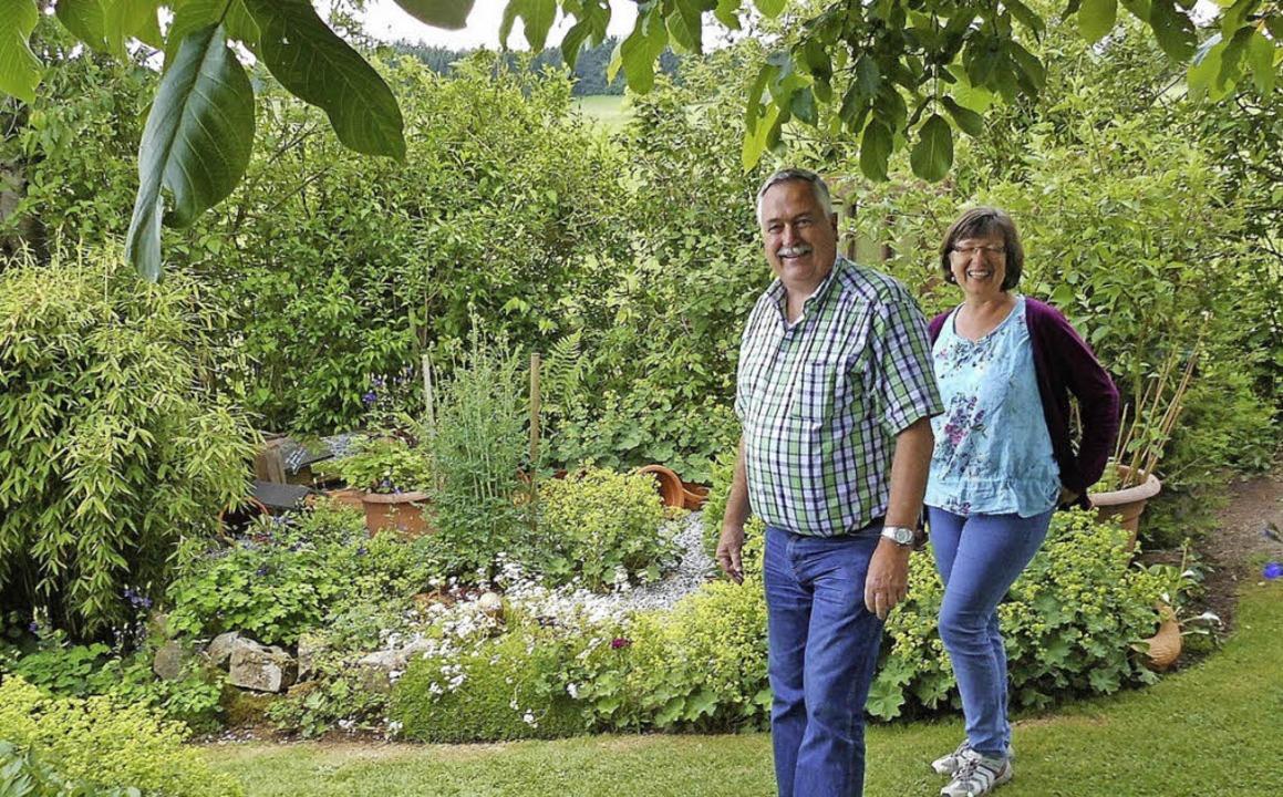 Eintreten in eine   blühende Gartenlan... der Ruhe, zum Träumen und Entspannen.  | Foto: Chris Seifried