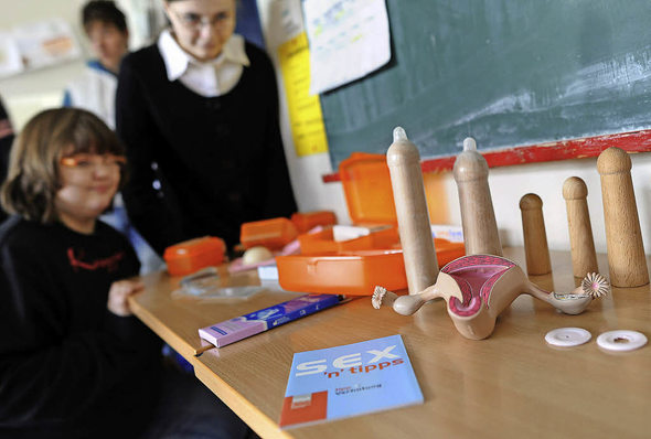 Kondome im Klassenzimmer Artikel