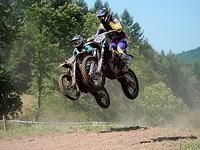 Motocross in Schweighausen: Bei Hitze und mit Tempo