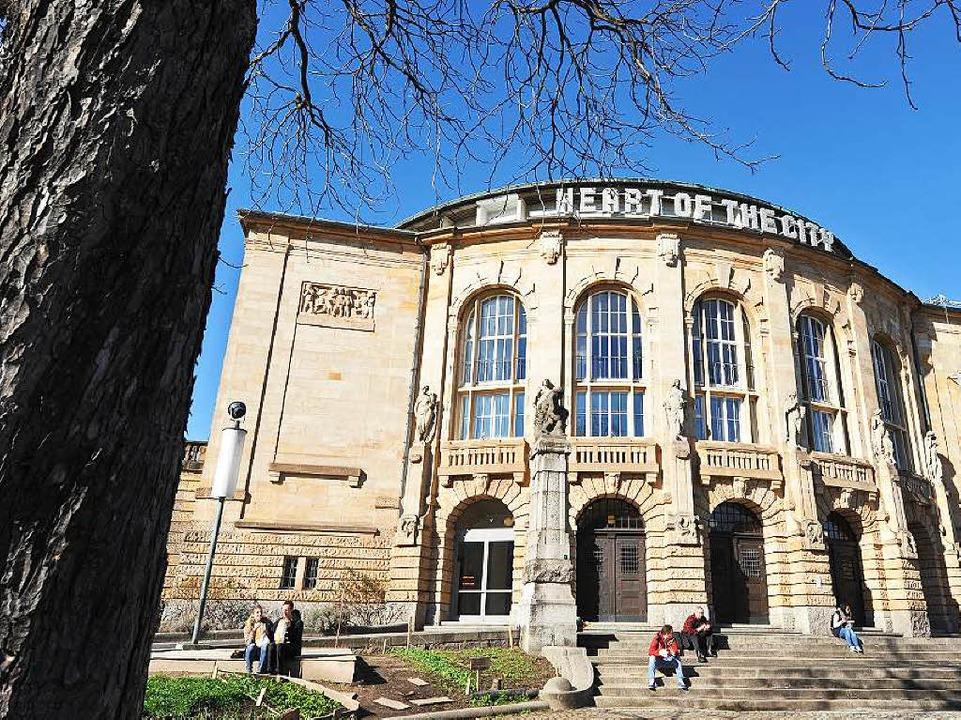 Welche Akzente wird der Theatermann in Freiburg setzen?  | Foto: Rita Eggstein