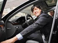 Jogi L�ws Mercedes wird bei Ebay versteigert