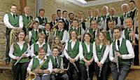 Trachtenkapelle Menzenschwand mit Kindertrachtengruppe und Musikvereinen Britzingen und Stühlingen in St.Blasien-Menzenschwand