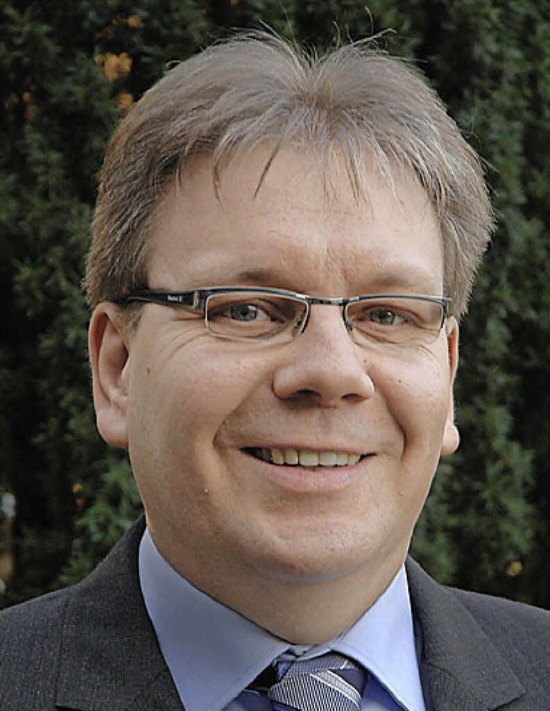 """<b>...</b> die neue Leiterin der """"Stabsstelle Landrat"""", sowie <b>Günter Pfundstein</b>, <b>...</b> - 108195613"""