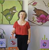 Unfische und Vasenskulpturen im Kunstatelier am Weiher