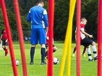 Freiburger Fußballschule: Harte Arbeit für den Traum