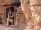 In Bamiyan wohnen Menschen in H�hlen
