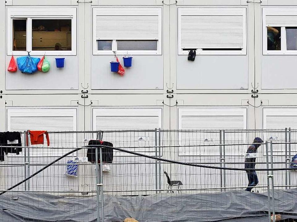 Notunterk nfte f r fl chtlinge wohncontainer werden knapp for Smart haus wohncontainer