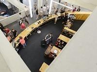 Diebe stehlen Ger�te aus Medienzentrum der neuen UB