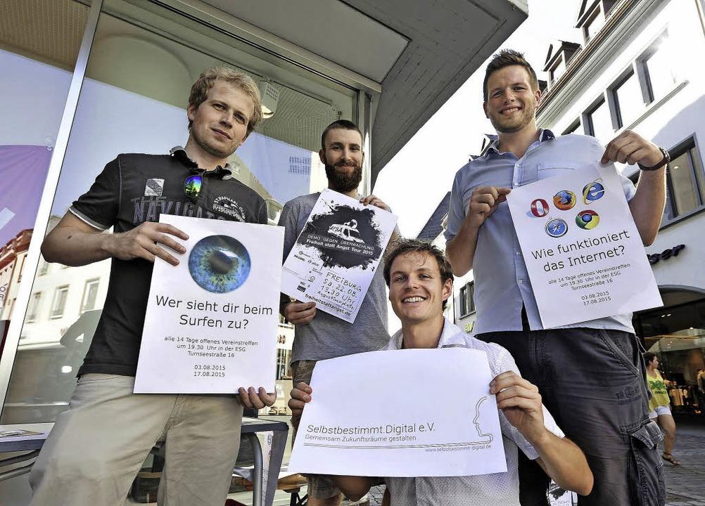 Bewusstsein stärken:   Hauke Wendland,...ollmer, Helge Piepenburg (von links).   | Foto: kunz