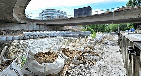 Abriss der Kronenbr�cke verz�gert sich um sechs Monate