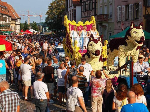 Farbenfroh und schrill ging es bei der 86. Corso Fleuri der Waldkircher Partnerstadt Sélestat zu.
