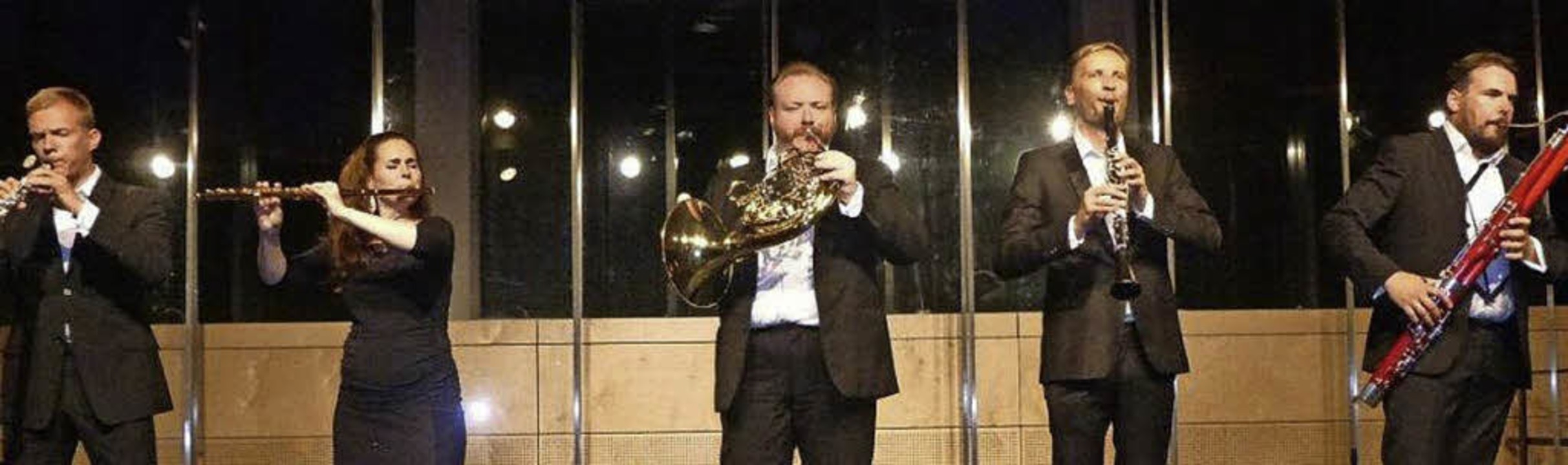 Mit  Oboe, Flöte,  Horn, Klarinette un...einem Publikum einen besonderen Abend.    Foto: Anne Freyer