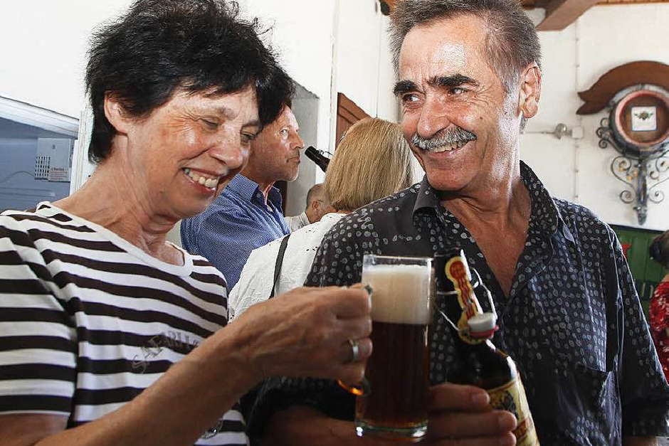 Über die Kunst und die Mühen des Bierbrauens wurden die BZ-Leserinnen und BZ-Leser von Braumeister und Schlossbrauerei-Chef Jörg Lusch informiert.<?ZP?> (Foto: Heidi Foessel)